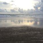 Bra hotell direkt vid havet !!  Med mycket bra frukost meny, ägg bacon rostat bröd yoghurt frukt