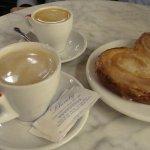 Café y palmera