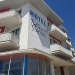 Photo of Hotel Le Trident Thyrse