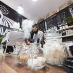 Pavos Coffee Shop Tarnaveni