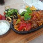 Photo de Caretta Pizza Restaurant