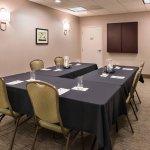Peninsula Meeting Room