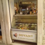 Photo de Dovani Restaurant