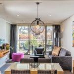 Premium one bedroom suite overlooking the CBD