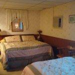 Photo of Mariposa Hotel Inn