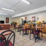 Econo Lodge & Suites Southern Pines Foto