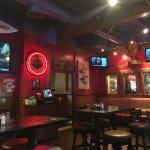 Zax Restaurant & Watering Hole Foto