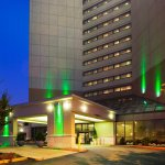 Holiday Inn Nashville Airport
