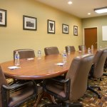 Photo de Holiday Inn Express & Suites Kalamazoo
