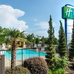 Holiday Inn Express and Suites Anderson - I-85