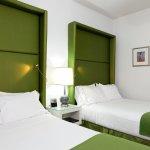 Foto de Holiday Inn Express Hotel Cass