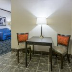 Holiday Inn Express Cleveland Airport - Brook Park Foto