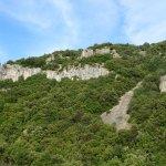 Jolies Falaises non  loin du Camping route de Saint Rémèze