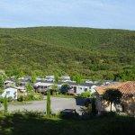 Le Camping vu de la route de Saint Mauricce d'Ibie