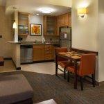 基因斯維爾 75 號州際公路萬豪長住飯店