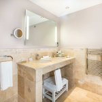 Photo of DoubleTree by Hilton Hotel Milton Keynes