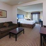 Foto de Holiday Inn Express & Suites Brady