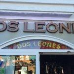 Valokuva: Dos Leones