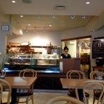 Manuel Latruwe Belgian Patisserie and Bread Shop의 사진