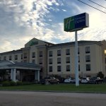 Photo de Holiday Inn Express Knoxville Strawberry Plains
