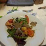 Brochette de langoustines en salade