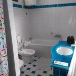 salle de bains spacieuse