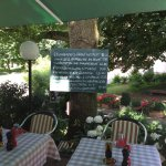 Das schönste Gartenrestaurant weit und breit und nebenbei auch noch eine hervorragende Küche.