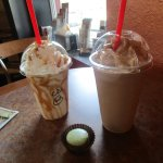 Frappucinos and a macaroon :)