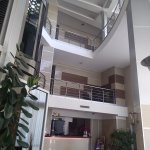 Entrance lobby and atrium