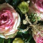 Blumen überall wunderbar....