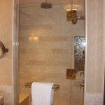 Lighthouse Suite - Master Bathroom