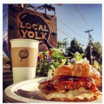 Foto Local Yolk Company
