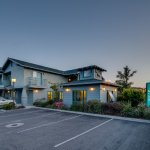 Morro Shores Inn & Suites