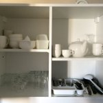 crockery, dishes : clean, not chipped ,all same brand (no mixe of different generations of thing