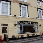Photo de Sullivan's Royal Hotel