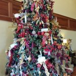 The large Christmas tree in the main room as you walk into the hotel.
