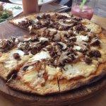Photo de La Toscana Pizzas a la Lena
