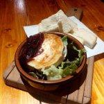 Cheese/Caramelised onions/Salad.