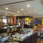Surabaya Suites Hotel Foto