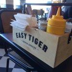Easy Tiger Foto