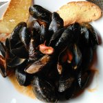 Sun. Brunch & mussels with pink sauce.