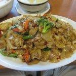 Drunken noodles with extra vegetables