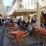 open air restaurants in the neighbourhood