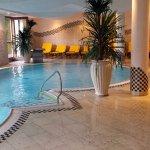 la bella piscina interna