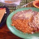 Enchiladas and a taco! Muy bueno!