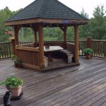 Deck area at Tom's BnB