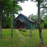 Writers Cabin. 1 bdrm, Lvrm, bathroom, upstairs kitchenette