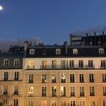 Photo de Ampere Hotel