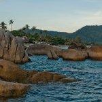 Grandmother and Grandfather Rocks (Hin Yai & Hin Ta) Foto