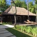 Foto de Kayumanis Jimbaran Private Estate & Spa